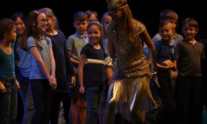 Carreghofa School get up close with Soprano Lucy Knight